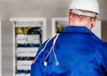 Qué trabajos requieren un electricista